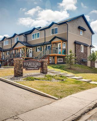 Photo 2: 812 110 Shillington Crescent in Saskatoon: Blairmore Residential for sale : MLS®# SK773464