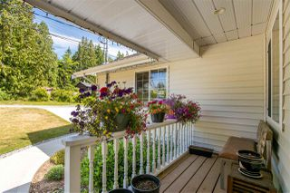 Photo 2: 1127 MALAVIEW Road in Gibsons: Gibsons & Area House for sale (Sunshine Coast)  : MLS®# R2375658