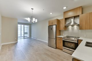 """Photo 2: 213 2889 E 1ST Avenue in Vancouver: Renfrew VE Condo for sale in """"FIRST & RENFREW"""" (Vancouver East)  : MLS®# R2377547"""