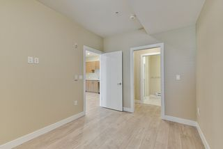 """Photo 6: 213 2889 E 1ST Avenue in Vancouver: Renfrew VE Condo for sale in """"FIRST & RENFREW"""" (Vancouver East)  : MLS®# R2377547"""