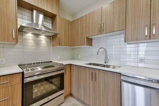 """Photo 4: 213 2889 E 1ST Avenue in Vancouver: Renfrew VE Condo for sale in """"FIRST & RENFREW"""" (Vancouver East)  : MLS®# R2377547"""