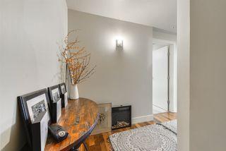 Photo 9: 207 11933 JASPER Avenue in Edmonton: Zone 12 Condo for sale : MLS®# E4160627