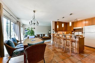 Photo 12: 1010 MATHERS Avenue in West Vancouver: Sentinel Hill House for sale : MLS®# R2378588
