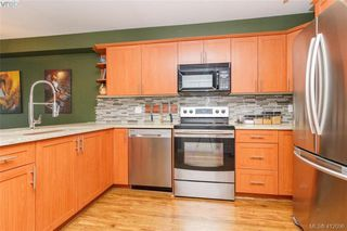 Photo 11: 304 364 Goldstream Ave in VICTORIA: Co Colwood Corners Condo for sale (Colwood)  : MLS®# 817019