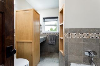 Photo 18: SAN DIEGO House for sale : 3 bedrooms : 4471 Rolando Blvd