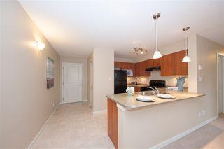 Photo 2: 102 1576 GRANT Avenue in Port Coquitlam: Glenwood PQ Condo for sale : MLS®# R2387470