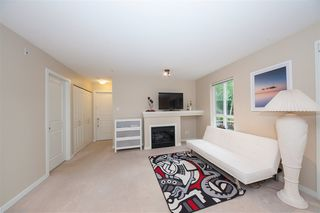Photo 6: 102 1576 GRANT Avenue in Port Coquitlam: Glenwood PQ Condo for sale : MLS®# R2387470