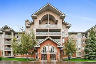 Photo 1: 401 200 BETHEL Drive: Sherwood Park Condo for sale : MLS®# E4202369
