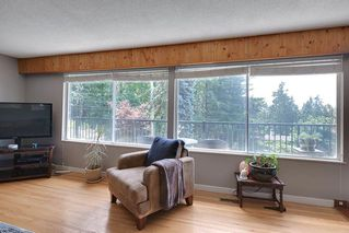Photo 3: 1591 THOMAS Avenue in Coquitlam: Central Coquitlam House for sale : MLS®# R2484359