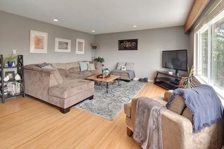Photo 2: 1591 THOMAS Avenue in Coquitlam: Central Coquitlam House for sale : MLS®# R2484359