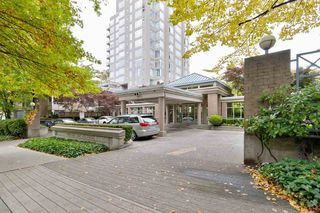 "Photo 2: 202 2668 ASH Street in Vancouver: Fairview VW Condo for sale in ""CAMBRIDGE GARDENS"" (Vancouver West)  : MLS®# R2510443"