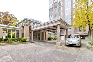 "Photo 1: 202 2668 ASH Street in Vancouver: Fairview VW Condo for sale in ""CAMBRIDGE GARDENS"" (Vancouver West)  : MLS®# R2510443"