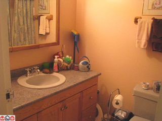 "Photo 4: 309 1442 BLACKWOOD Street: White Rock Condo for sale in ""Blackwood Manor"" (South Surrey White Rock)  : MLS®# F1115697"