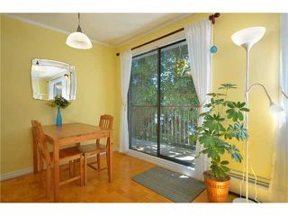 Photo 3: 203 160 E 19TH Street in North Vancouver: Central Lonsdale Condo for sale : MLS®# V898566