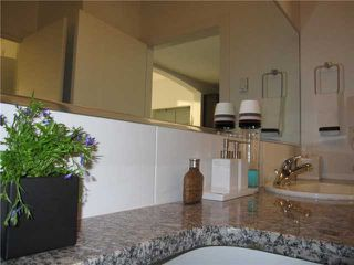 """Photo 5: 410 9233 FERNDALE Road in Richmond: McLennan North Condo for sale in """"RED 2"""" : MLS®# V901288"""