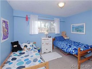 Photo 13: 842 Coles Street in VICTORIA: Es Gorge Vale Residential for sale (Esquimalt)  : MLS®# 306892