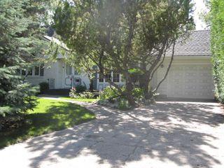 Photo 1: 35 Macalester Bay in Winnipeg: Fort Garry / Whyte Ridge / St Norbert Single Family Detached for sale (South Winnipeg)  : MLS®# 1216358