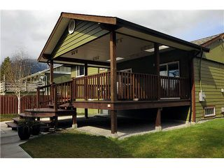 Photo 2: 2190 SKYLINE Drive in Squamish: Garibaldi Highlands House for sale : MLS®# V933722