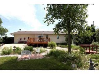 Photo 2: 39 Riverview Place in Winnipeg: Brunkild / La Salle / Oak Bluff / Sanford / Starbuck / Fannystelle Residential for sale (Winnipeg area)  : MLS®# 1304413
