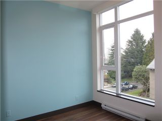 "Photo 12: 404 1088 W 14TH Avenue in Vancouver: Fairview VW Condo for sale in ""COCO"" (Vancouver West)  : MLS®# V1044068"
