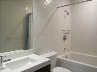 "Photo 13: 404 1088 W 14TH Avenue in Vancouver: Fairview VW Condo for sale in ""COCO"" (Vancouver West)  : MLS®# V1044068"
