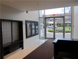 "Photo 18: 404 1088 W 14TH Avenue in Vancouver: Fairview VW Condo for sale in ""COCO"" (Vancouver West)  : MLS®# V1044068"