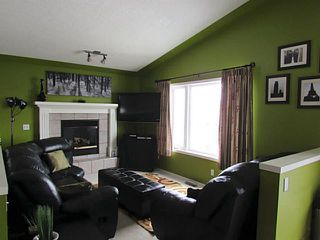 Photo 3: 106 CREEK GARDENS Place NW: Airdrie Residential Detached Single Family for sale : MLS®# C3606382