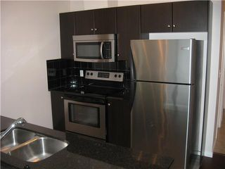 Photo 5: 203 325 3 Street SE in Calgary: Downtown East Village Condo for sale : MLS®# C3644569
