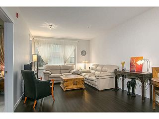 "Photo 5: 210 119 W 22ND Street in North Vancouver: Central Lonsdale Condo for sale in ""ANDERSON WALK"" : MLS®# V1133938"