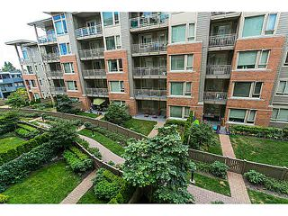 "Photo 13: 210 119 W 22ND Street in North Vancouver: Central Lonsdale Condo for sale in ""ANDERSON WALK"" : MLS®# V1133938"