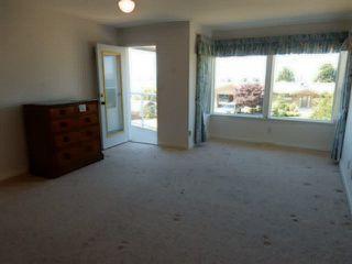 Photo 12: 4936 ARBUTUS Road in Sechelt: Sechelt District House for sale (Sunshine Coast)  : MLS®# V1136165