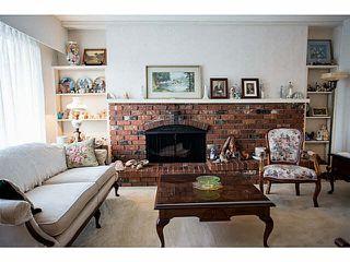 Photo 15: 5528 MAPLE Crescent in Ladner: Delta Manor House 1/2 Duplex for sale : MLS®# V1138909