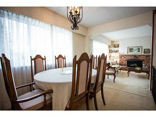 Photo 14: 5528 MAPLE Crescent in Ladner: Delta Manor House 1/2 Duplex for sale : MLS®# V1138909