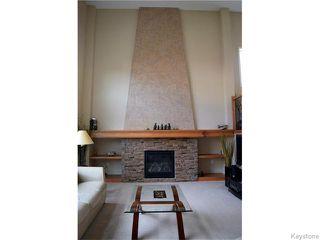 Photo 3: 777 Headmaster Row in WINNIPEG: North Kildonan Residential for sale (North East Winnipeg)  : MLS®# 1524649