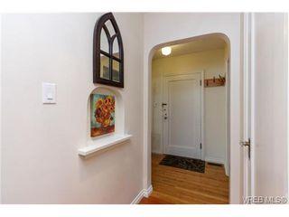 Photo 2: 724 Newport Ave in VICTORIA: OB South Oak Bay Single Family Detached for sale (Oak Bay)  : MLS®# 717256