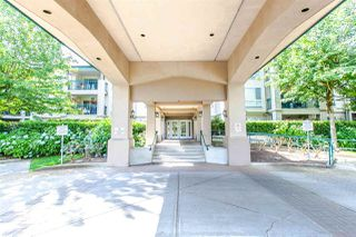 "Photo 12: 218 19528 FRASER Highway in Surrey: Cloverdale BC Condo for sale in ""Fairmont on the Boulevard"" (Cloverdale)  : MLS®# R2092680"