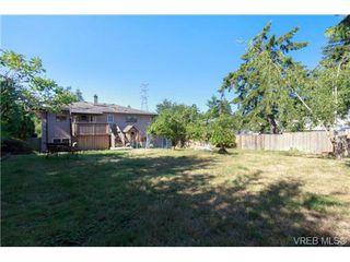 Photo 19: 1120 Loenholm Rd in VICTORIA: SW Northridge House for sale (Saanich West)  : MLS®# 738051