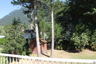 Photo 13: 21224 MOUNTVIEW Crescent in Hope: Hope Kawkawa Lake House for sale : MLS®# R2104907