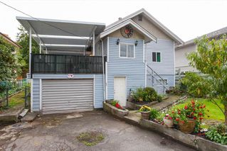 Photo 2: 2236 VANNESS Avenue in Vancouver: Victoria VE House for sale (Vancouver East)  : MLS®# R2110897
