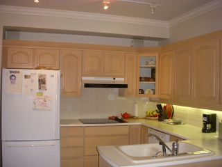 """Photo 7: 101 3790 W 7TH Avenue in Vancouver: Point Grey Condo for sale in """"THE CUMBERLAND"""" (Vancouver West)  : MLS®# R2114702"""