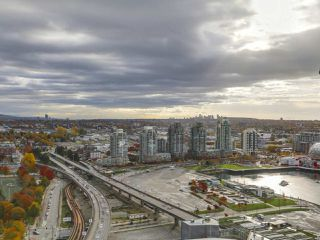 Photo 9: PH 3001 131 REGIMENT Square in Vancouver: Downtown VW Condo for sale (Vancouver West)  : MLS®# R2119062