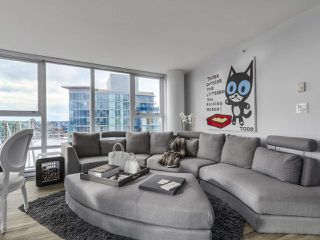 Photo 4: PH 3001 131 REGIMENT Square in Vancouver: Downtown VW Condo for sale (Vancouver West)  : MLS®# R2119062