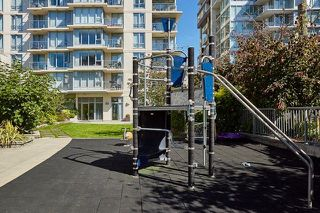 "Photo 16: 805 1833 CROWE Street in Vancouver: False Creek Condo for sale in ""THE FOUNDRY"" (Vancouver West)  : MLS®# R2120097"