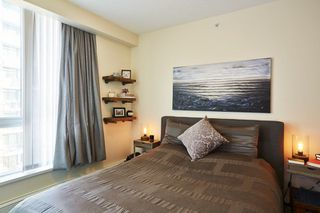 "Photo 13: 805 1833 CROWE Street in Vancouver: False Creek Condo for sale in ""THE FOUNDRY"" (Vancouver West)  : MLS®# R2120097"