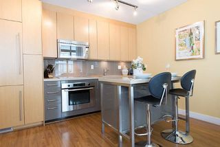 "Photo 7: 805 1833 CROWE Street in Vancouver: False Creek Condo for sale in ""THE FOUNDRY"" (Vancouver West)  : MLS®# R2120097"