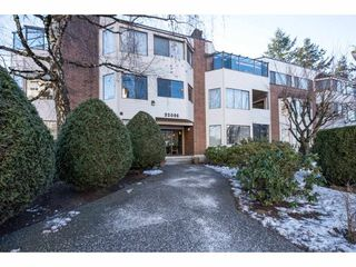"Photo 1: 204 32098 GEORGE FERGUSON Way in Abbotsford: Abbotsford West Condo for sale in ""Heather Court"" : MLS®# R2131436"