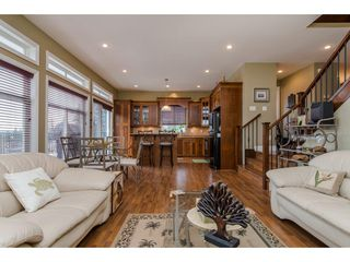 "Photo 8: 24382 104 Avenue in Maple Ridge: Albion House for sale in ""CALEDON LANDING"" : MLS®# R2135098"