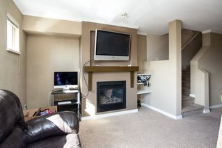 """Photo 4: 21 20350 68 Avenue in Langley: Willoughby Heights Townhouse for sale in """"SUNRIDGE"""" : MLS®# R2148091"""