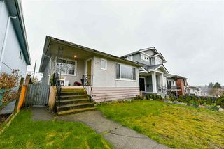 Photo 1: 2652 E 5TH Avenue in Vancouver: Renfrew VE House for sale (Vancouver East)  : MLS®# R2152561