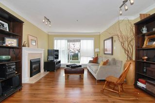Photo 4: 203 833 W 16TH Avenue in Vancouver West: Home for sale : MLS®# 410459